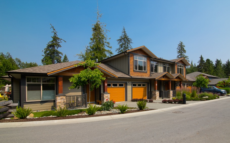 Sunriver estates new homes in victoria bc for Acorn house designs